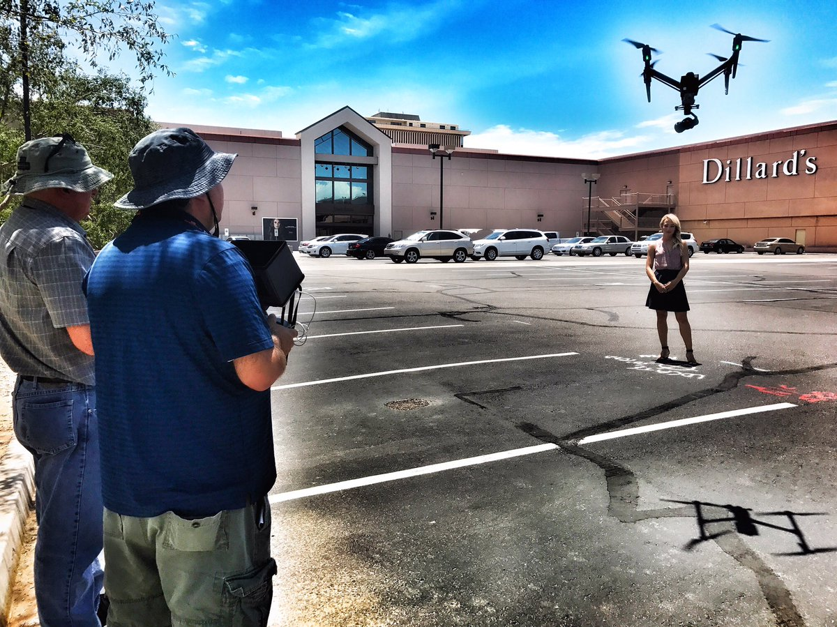 Welcome to the family! Sky Fox Drones first day officially on the job! #fox10phoenix #drone @RodHabererFOX10 @Fox10_Jedi @CGoodFOX10<br>http://pic.twitter.com/jXqW6aUeFo