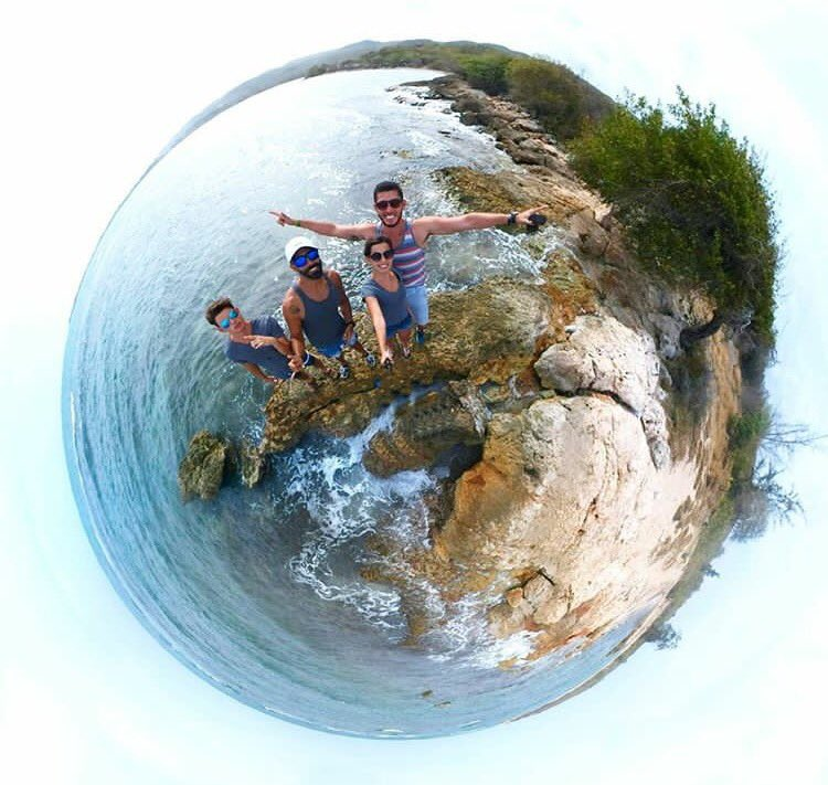 Sometimes the wrong choices bring us to the right places #tinyplanetcouple #tinyplanet#javicel #PuertoRico #chile#bolivia #paradise #travel<br>http://pic.twitter.com/iREk3r2PbJ