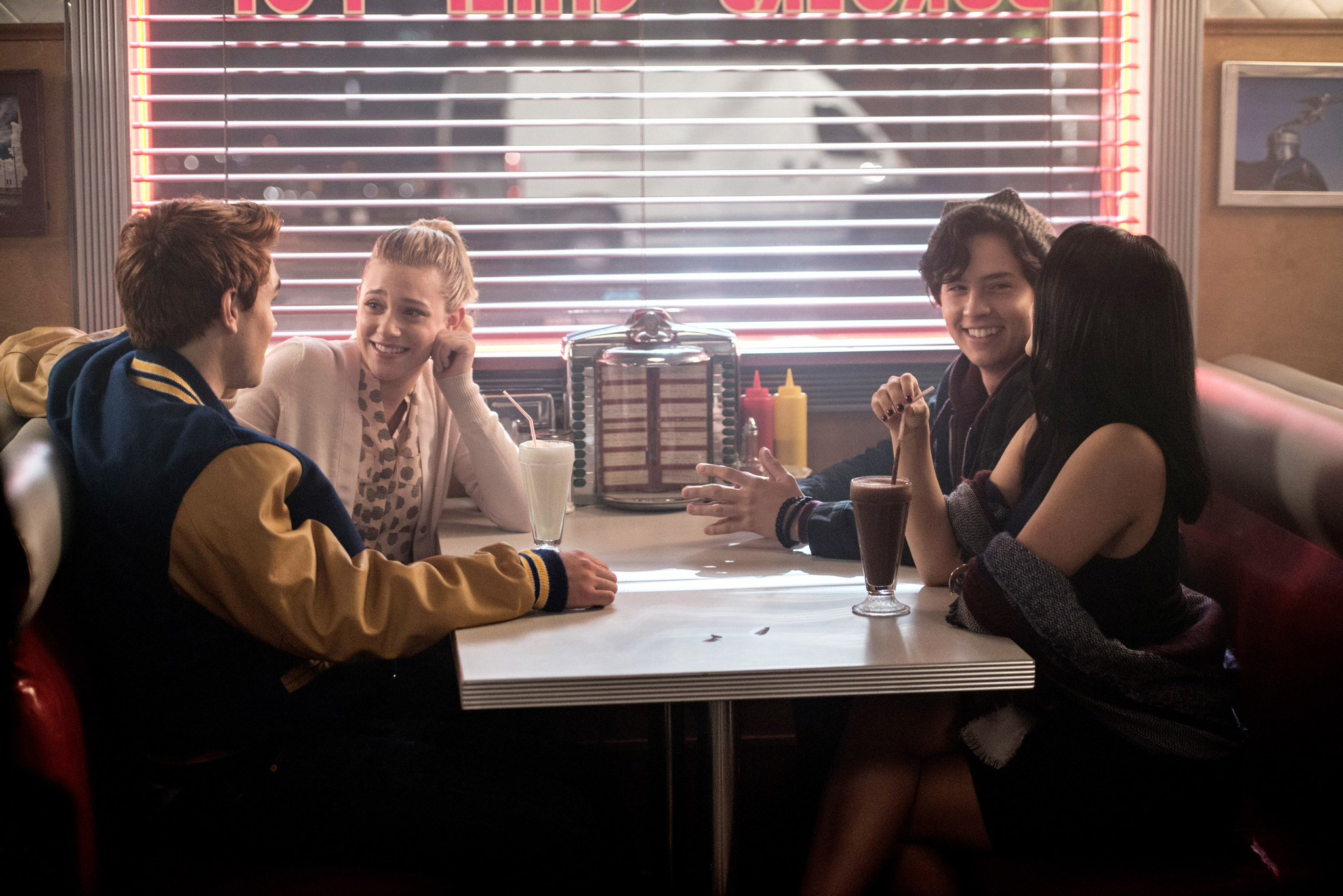 This 'Riverdale' Fan Theory About the Core Four Is Very Creepy but Totally Possible https://t.co/RW8IKAqMIk https://t.co/C7AxL6rxq0