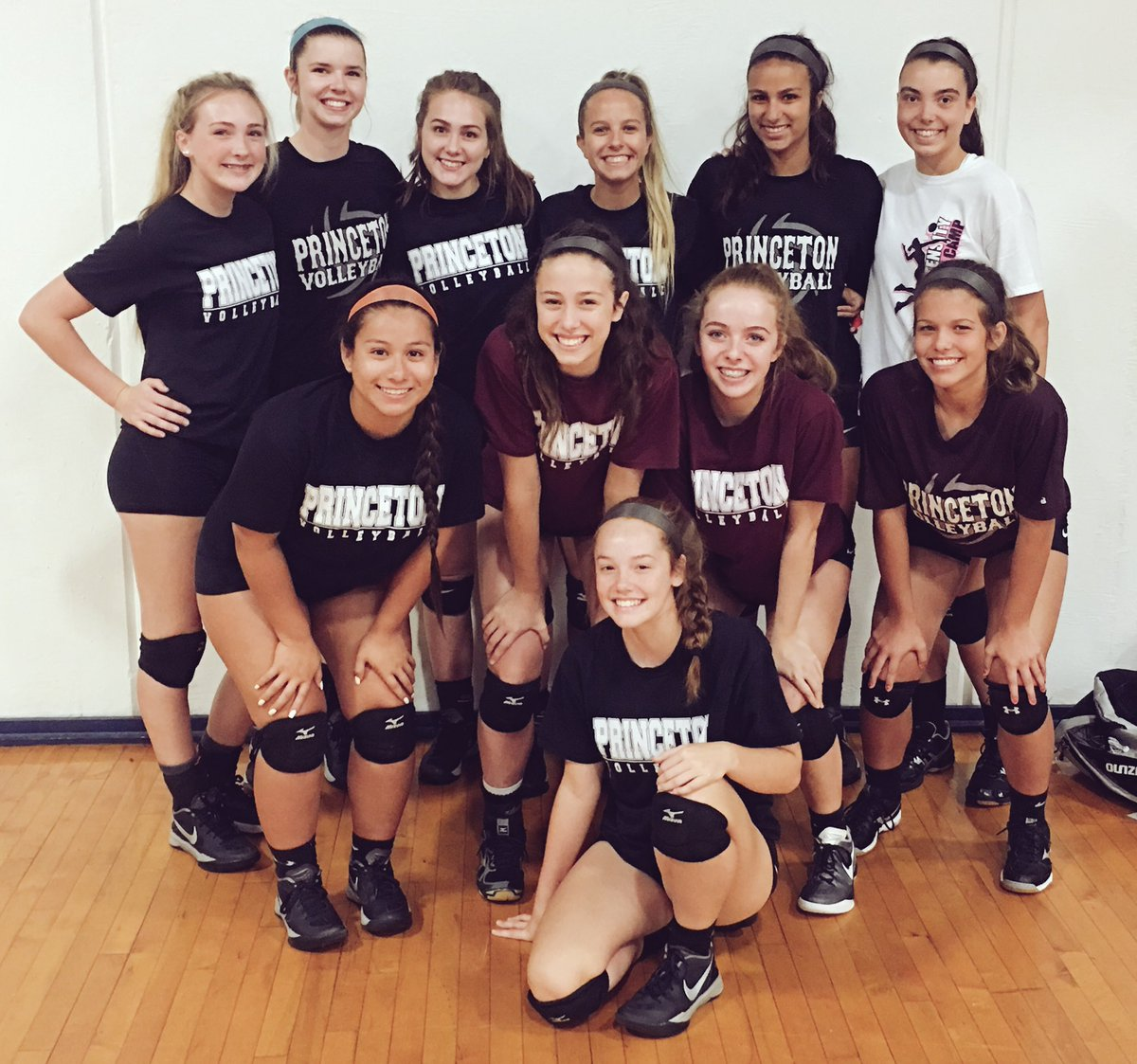 Princeton Volleyball On Twitter First Day Texas A M Commerce Volleyball Team Camp Way To Put In A Full Day S Work Together Family Ladypanthervolleyball Https T Co E627ckomrm