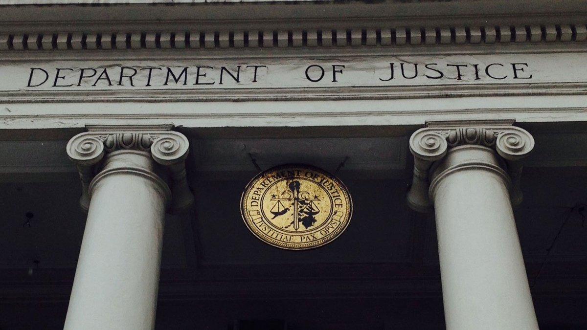 🇺🇸 #Californie Un procureur adjoint arrêté pour pédopornographie. https://t.co/vj1kZwUlIH
