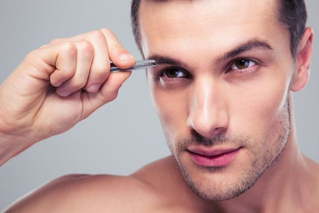 The Do's and Don'ts of Male Eyebrow Grooming https://t.co/8IMTCJuOYo #Grooming https://t.co/vVnwzfc7DI