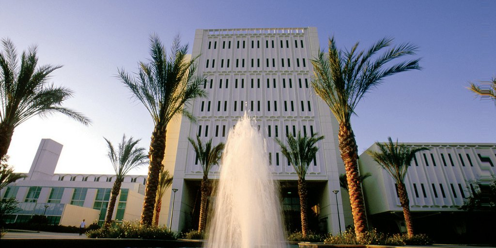 Congrats! @csuf wins #MyTopCollege for 4th year while @Fresno_State #2 & @csunorthridge #5. https://t.co/i36EDVm6KF via @Forbes https://t.co/P2iufWTdtv