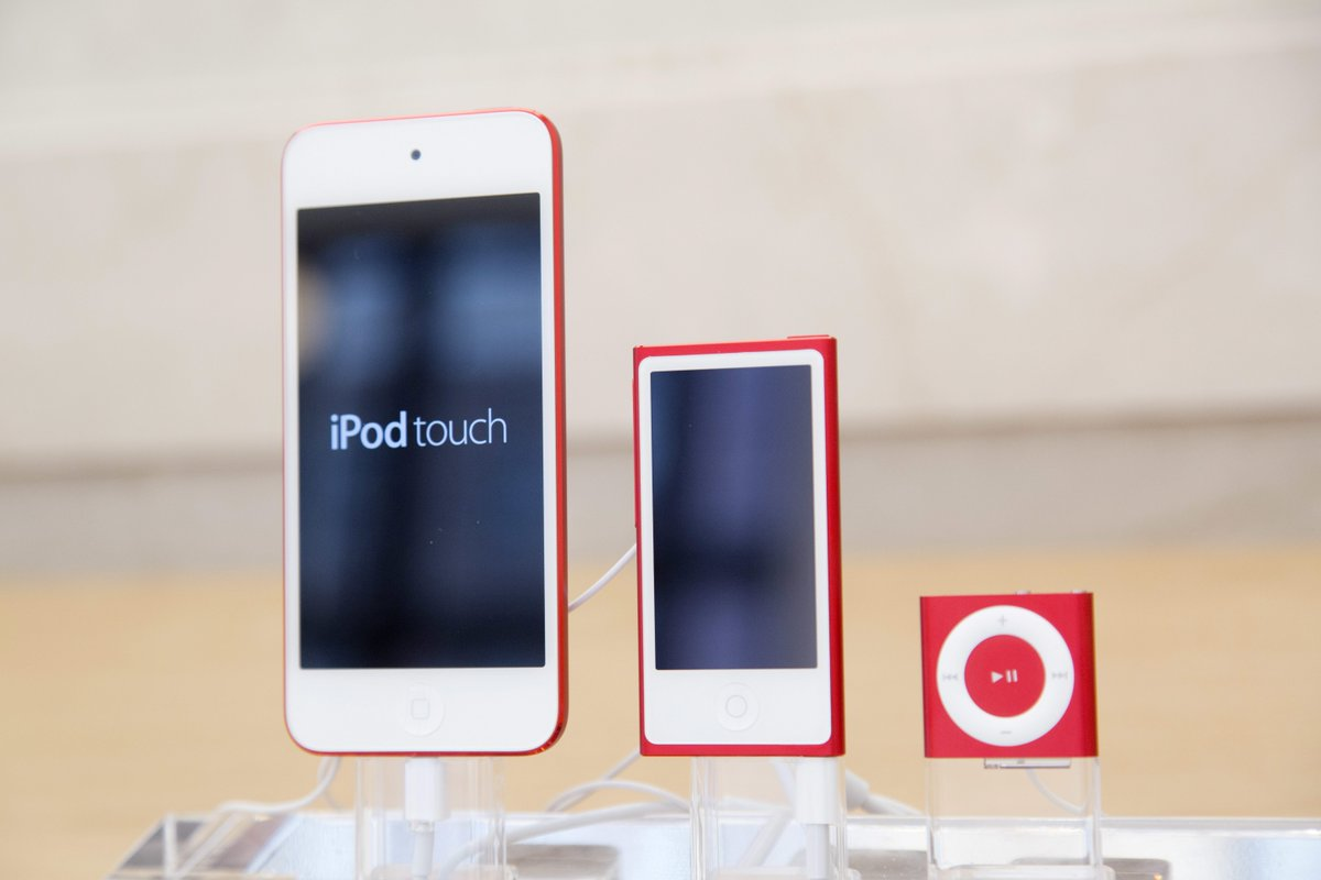 You can thank the popularity of the iPhone for the demise of Apple's iPod Nano and Shuffle https://t.co/Y1KQSvVrmF