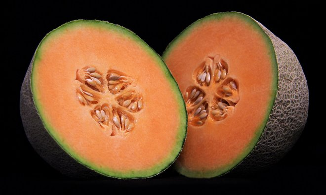 What you think are cantaloupes are not actually cantaloupes. https://t.co/E7NOqc04CA