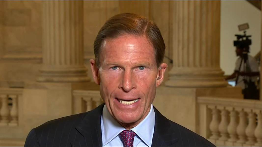 Sen. Blumenthal: 'The President of the United States firing Bob Mueller would be a historic admission of guilt' https://t.co/1ZLGITO39S
