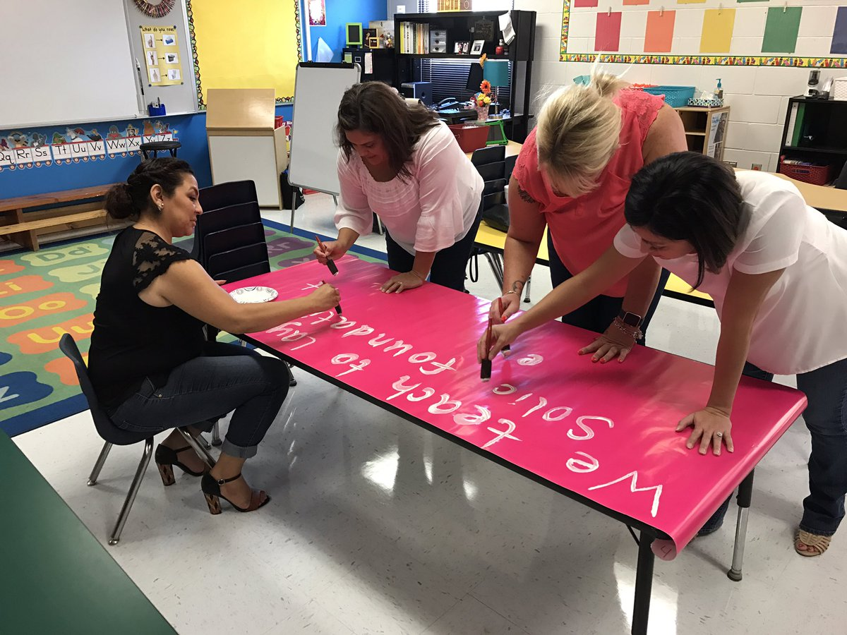 Discovering our WHY as a team  #prekrocks #teamantwine #pawpower #wonder #teamSISD<br>http://pic.twitter.com/e0iYWdhkkr