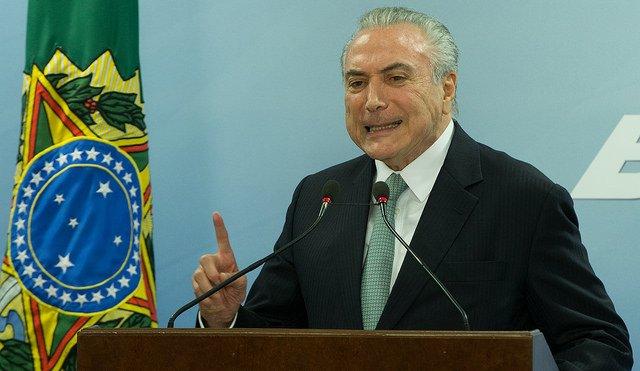 Ibope mostra que 87% dos brasileiros não confiam em Temer e 70% consideram seu governo péssimo https://t.co/nlO3K1T9zI Foto:Lula Marques