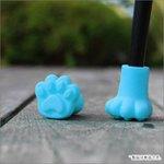 これは可愛すぎる傘を立てると猫の足跡が残るすべり止めキャップが可愛い!