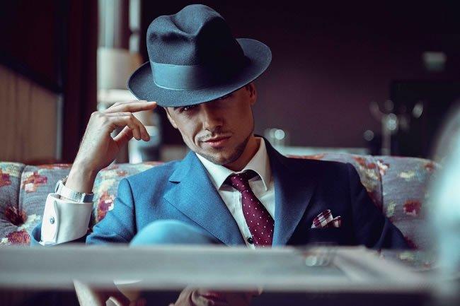 The Fashionable Man vs The Stylish Man https://t.co/pz6rahgSmC #Fashion https://t.co/9xbux430cE
