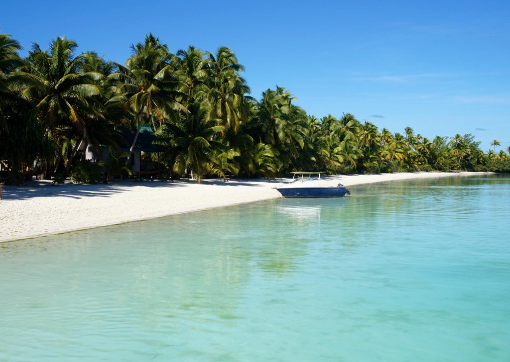 Paradise found in the @CookIslands https://t.co/d0F6ZauO9I. #CookIslands https://t.co/FZk3RP56yC