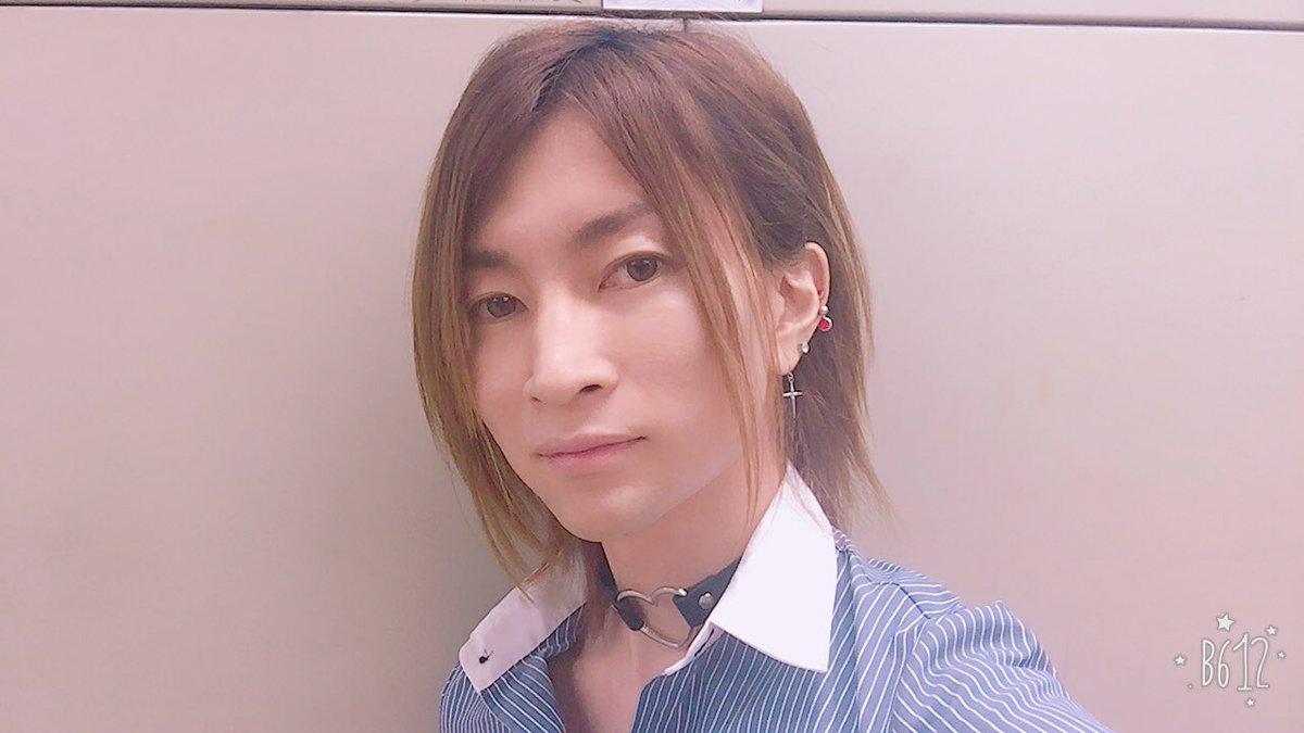 """勝部元気 Katsube Genki على تويتر: """"仕事(or学校)抜け出して彼氏と ..."""