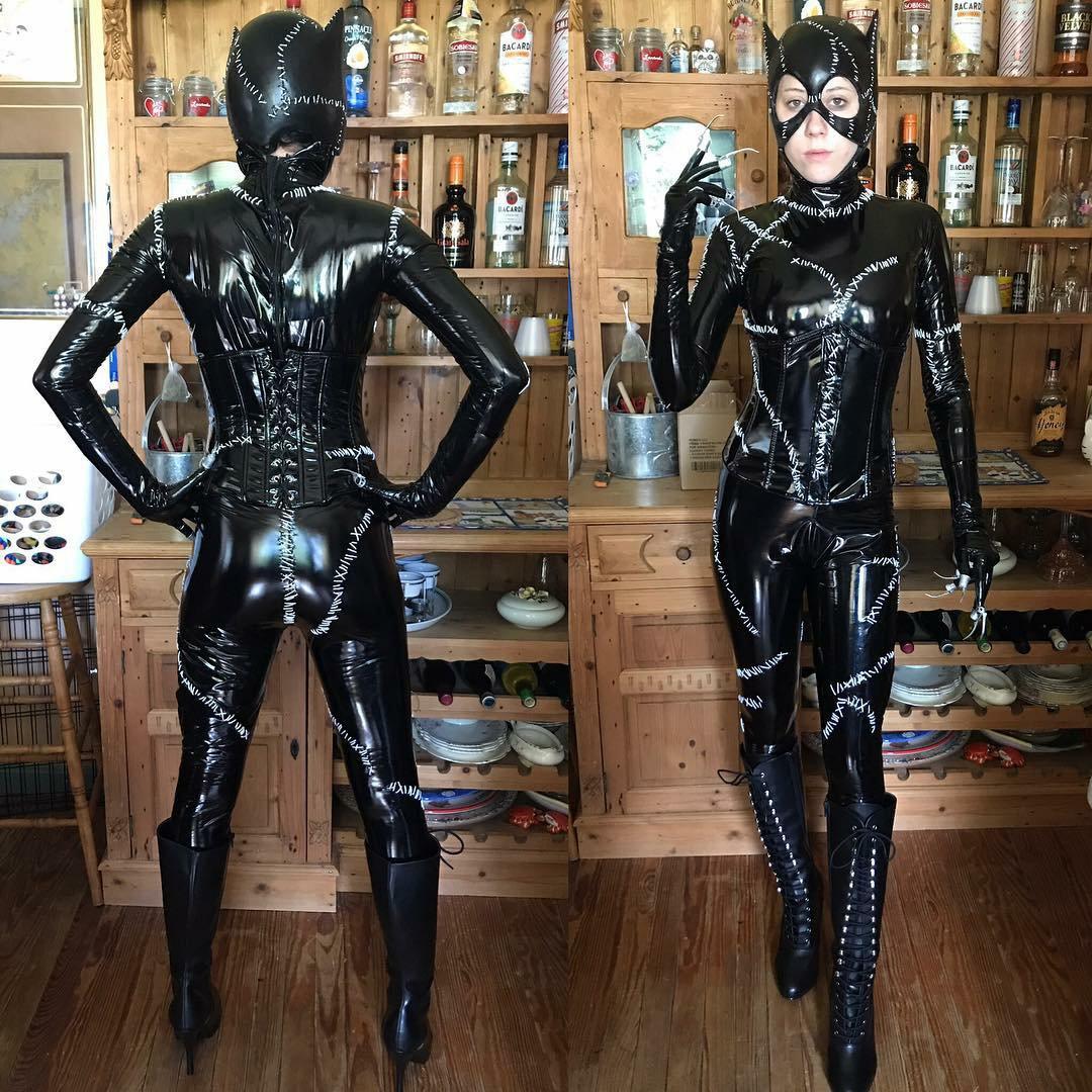 "the RPF on Twitter: ""Catwoman costume from Batman Returns ..."