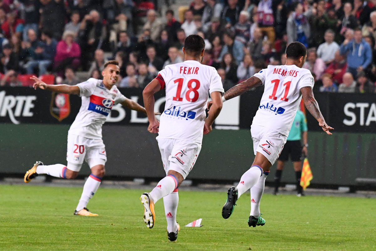 .@Memphis &amp; @marianodiaz9 on target in #Rennes as @OL_English stay top of #Ligue1Conforama! #SRFCOL report   http://www. ligue1.com/ligue1/article /lyon-remain-top-with-win-at-rennes.htm &nbsp; … <br>http://pic.twitter.com/ciXDGXVU9Z