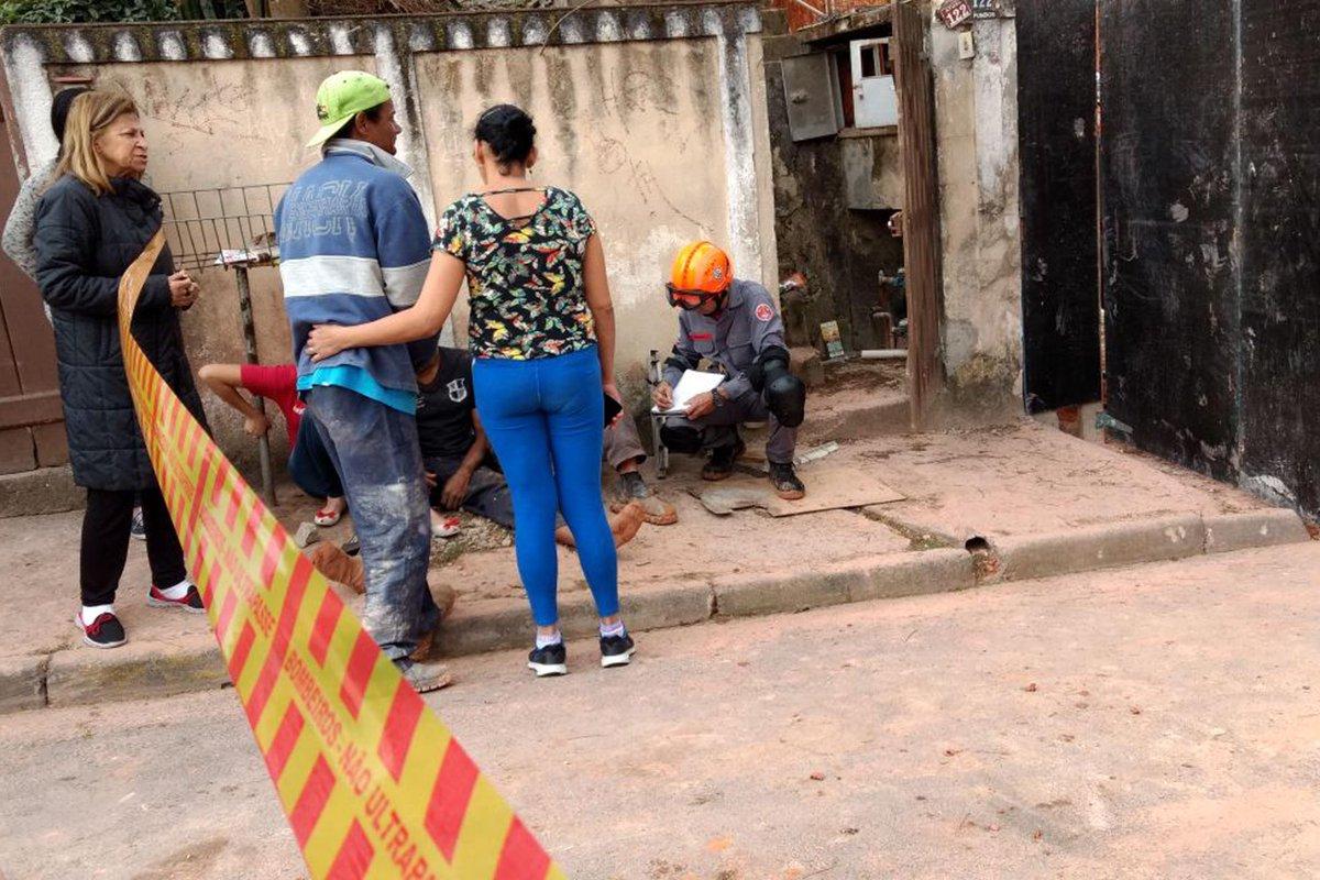 Desabamento de obra provoca uma morte em Diadema https://t.co/WjjgJbK2bL