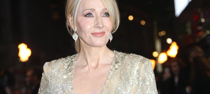 15 Quotes That Prove J.K. Rowling Is a Magical Global Citizen