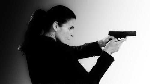 #janefriday bis Angie @Angie_Harmon to me miss the #strength the #determination and the #ability of JaneRizzoli .What do you think ?  <br>http://pic.twitter.com/79lwuFZJbz