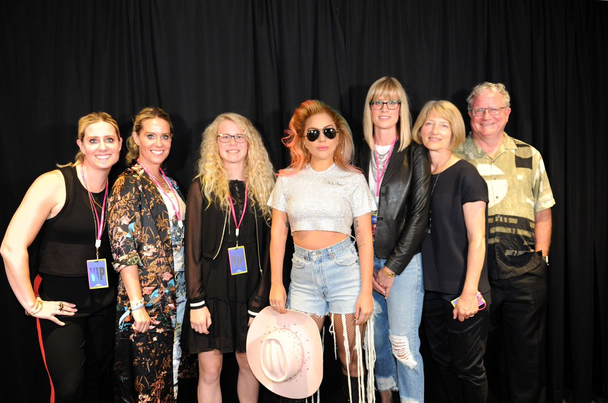 on twitter meet greet pictures from the on twitter meet greet pictures from the joanneworldtour concert in edmonton they look incredible m4hsunfo