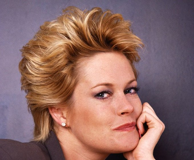 HAPPY BIRTHDAY Melanie Griffith (60)