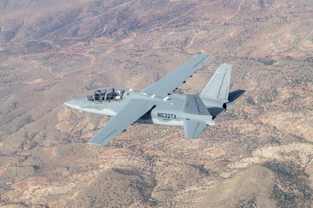 الوداع المؤجل - A-10 Thunderbolt II - صفحة 4 DG0Rx8SWsAAPVOa
