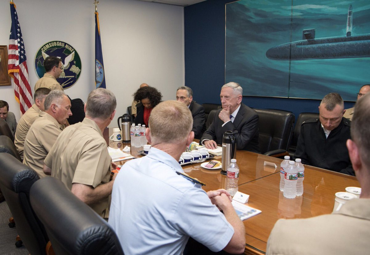 #SecDef Mattis meets with military leaders from @USNavy Commander, @SUBGRU9.<br>http://pic.twitter.com/zNraa5lK8H