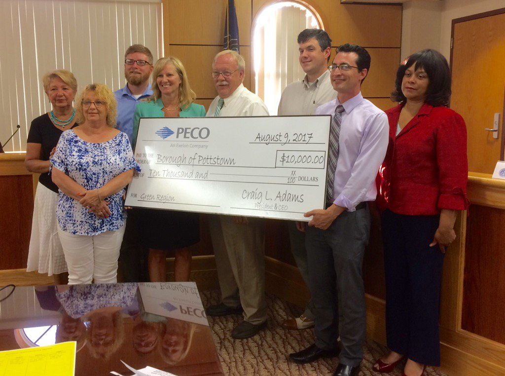 And there it is! $10,000 check from PECO for improvements to Riverfront Park. https://t.co/h9dYVoCy2g