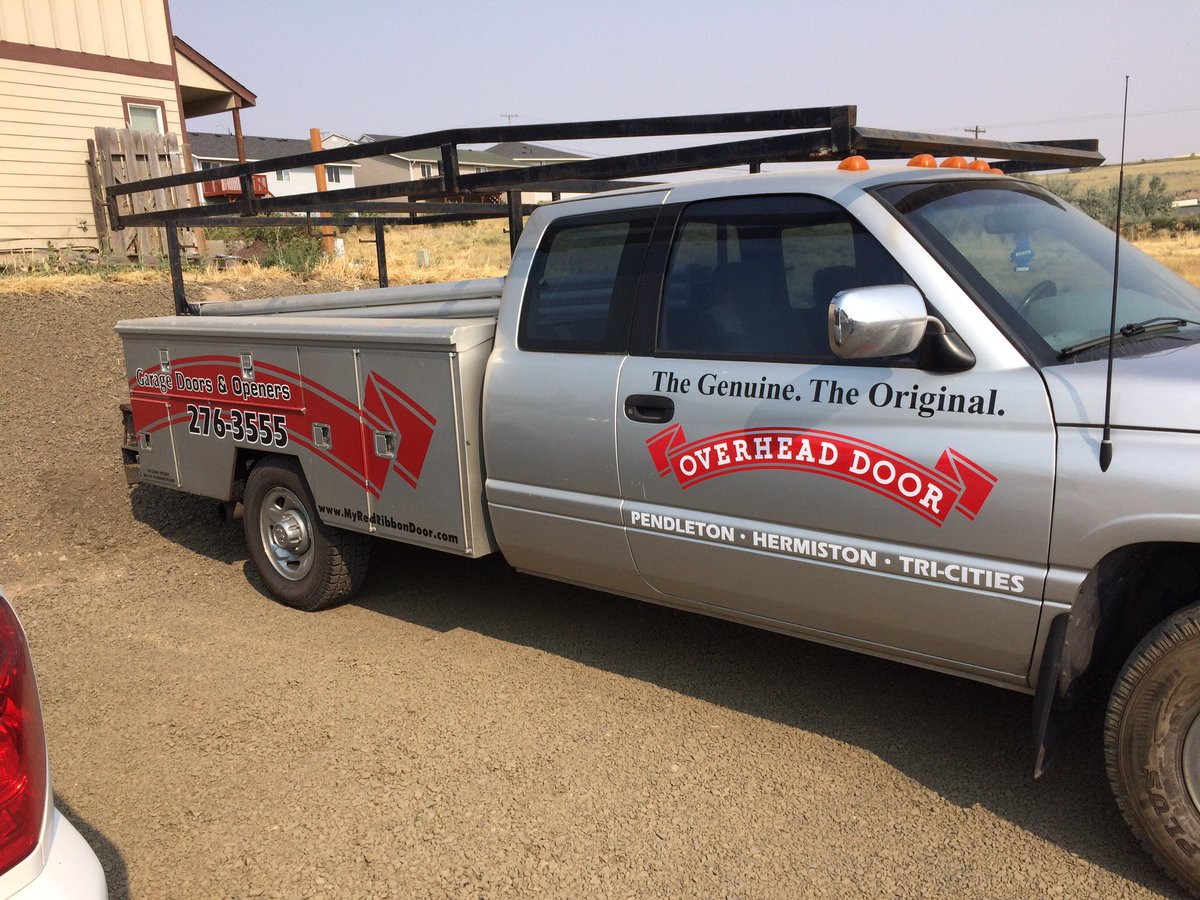 Creative Signs On Twitter The Overhead Door Work Truck Now Has Some New Graphics Nd Your Work Vehicles With Your Custom Logo And Text