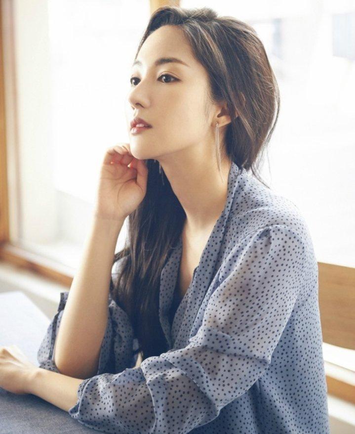 ⭐Park Min Young⭐ (@PrettyAngelPMY)