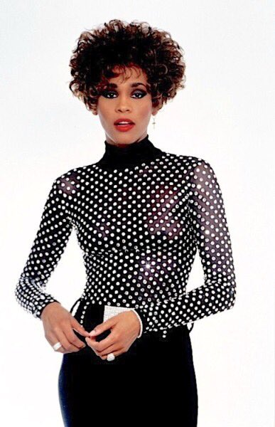 Happy birthday to the original diva, Whitney Houston. Forever changing the music industry rip