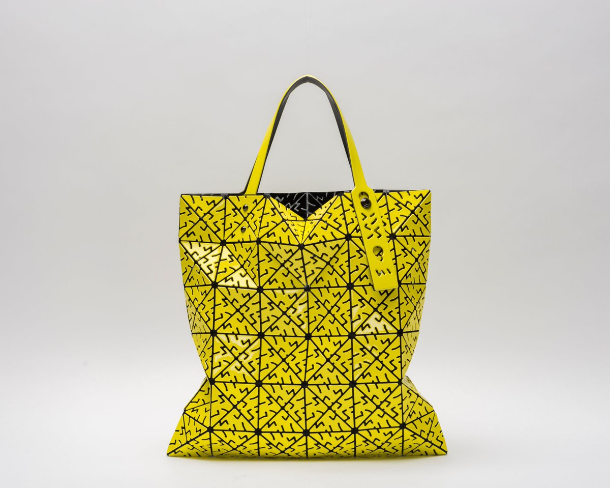 Harbour City On Twitter Bao Issey Miyake Launches Its All New A W Collection And Provides Several Colour Options Such As The Lucent Bag Jam Wallet