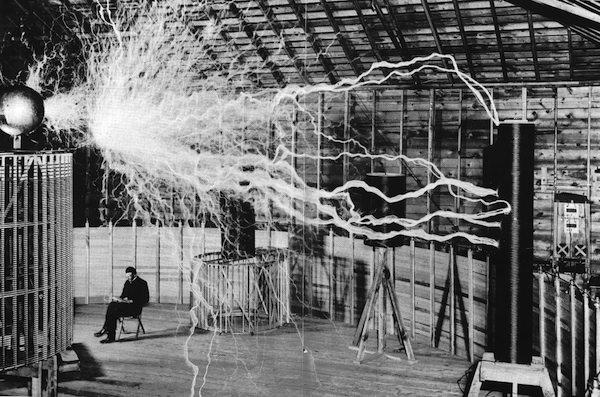 Электрическое поле это