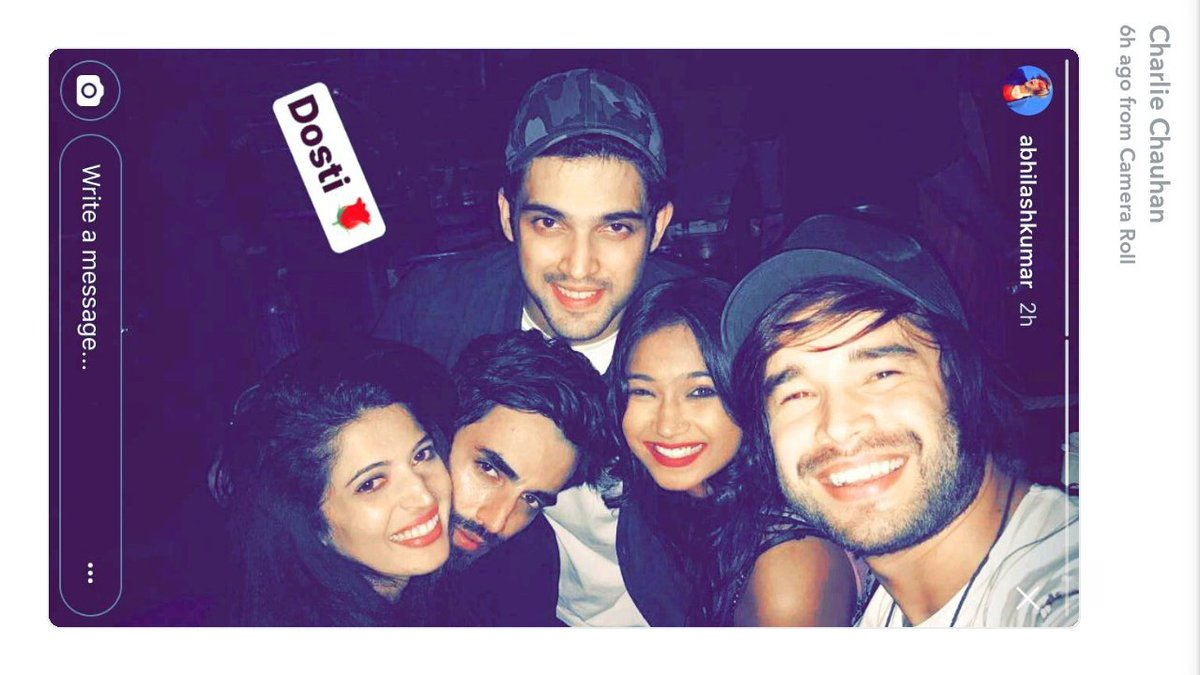 2017 05 parth samthaan family - Parth Samthaan With Friends At Bombay Adda Frienfie Dosti Yaarokayaarana Parlie