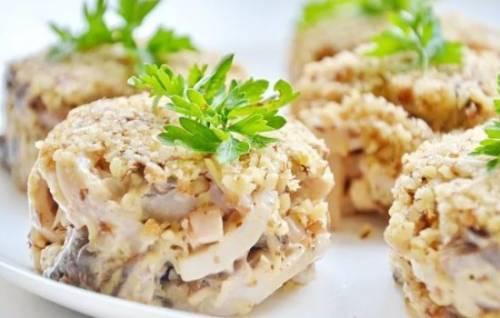 Рецепты салатов маринованными опятами