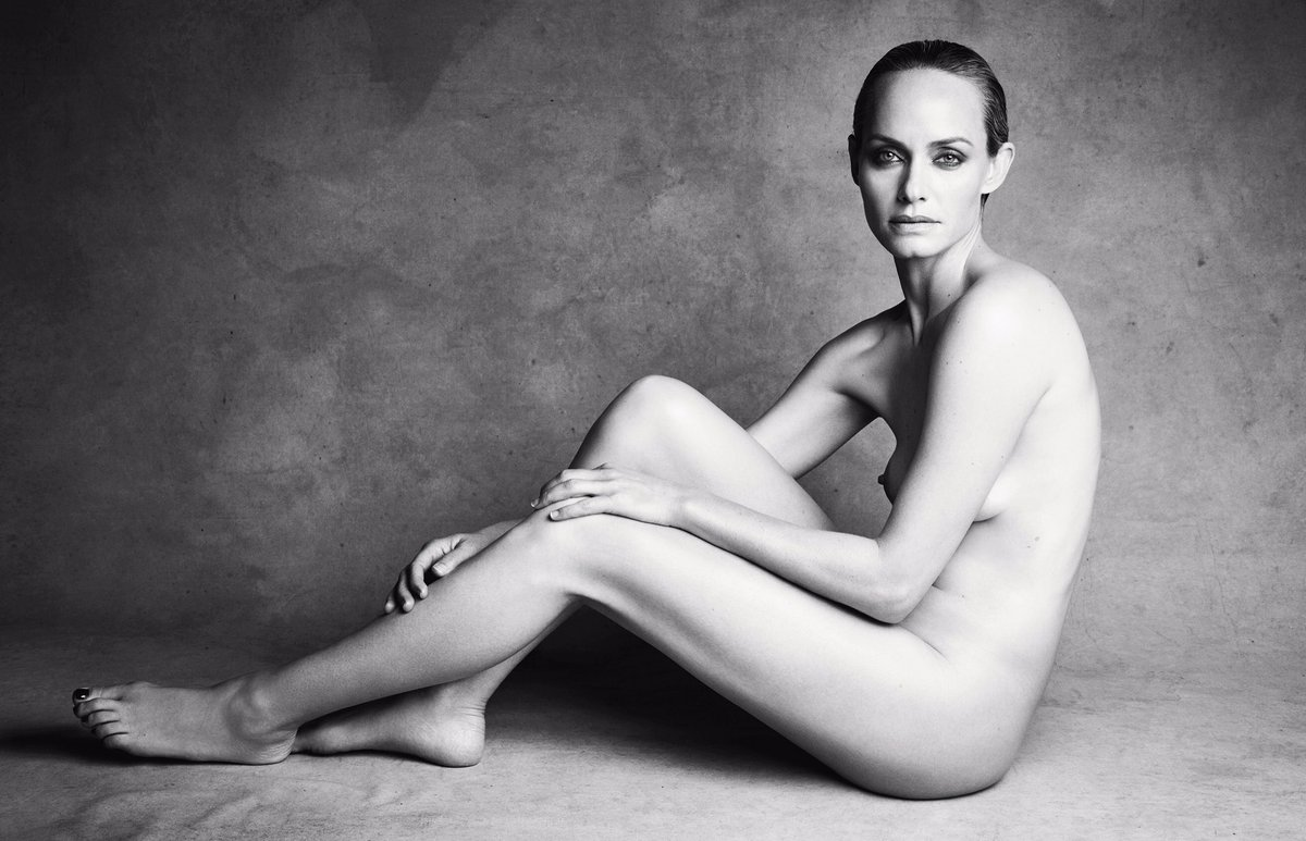 The iconic supermodel-turned-actor @ambervalletta in #LOVE18 by #PatrickDemarchelier ✨