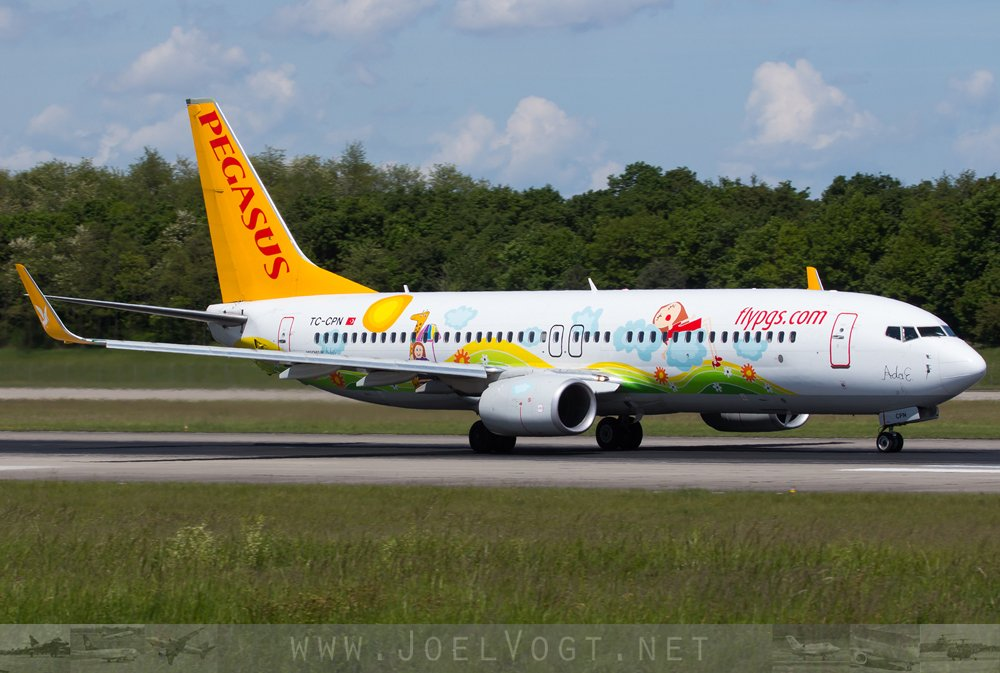 This colourful @flymepegasus #B737-800 will shortly #takeoff to @BaselAirport from #Turkey   http://www. joelvogt.net/aviation/spott erbrowser/imgview.php?id=15754 &nbsp; …   #avgeek #BSLmovements <br>http://pic.twitter.com/c78jZcC7ay