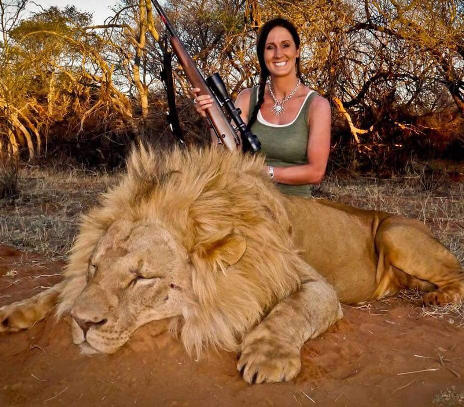 RT if you think Trophy Hunting is a CRIME & should be BANNED! #WorldLionDay #bantrophyhunting