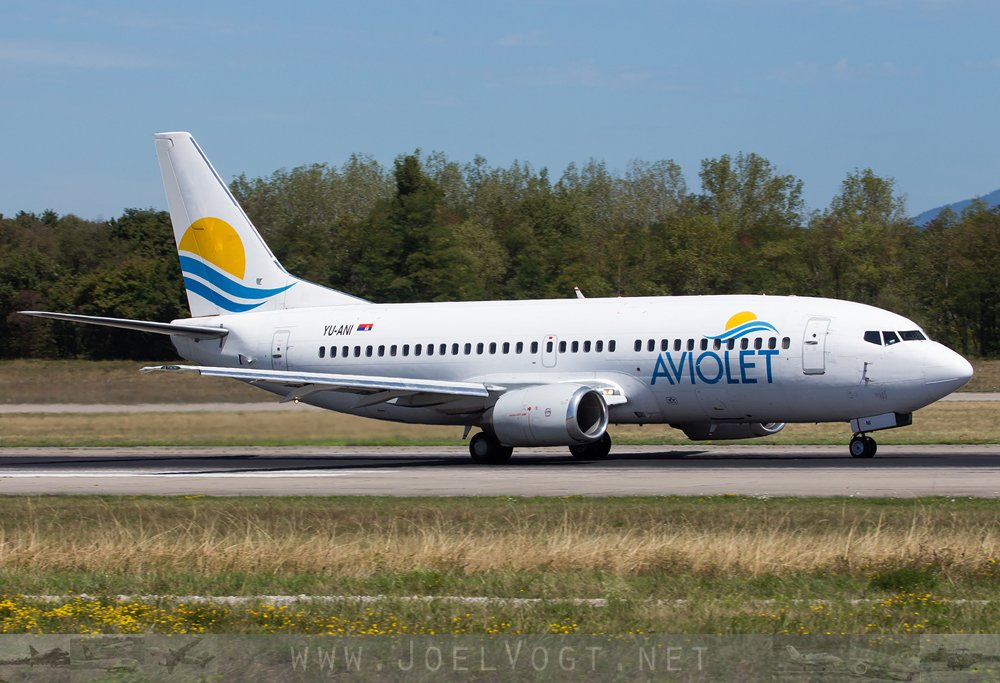 An @airserbia #aviolet #B737-300 at @BaselAirport last week:   http://www. joelvogt.net/aviation/spott erbrowser/imgview.php?id=15832 &nbsp; …   #avgeek #aviation #Basel #BSLmovements #Serbia #BSL<br>http://pic.twitter.com/LTIM2Txhx4