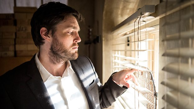 The Cormoran Strike Mysteries : The Cuckoo's Calling BBC 2017 DG5MuUxWsAAvUvD