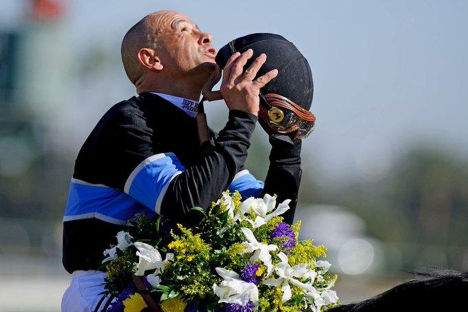 Happy Birthday to the winnest jockey in history, HOF\er Money Mike Smith!