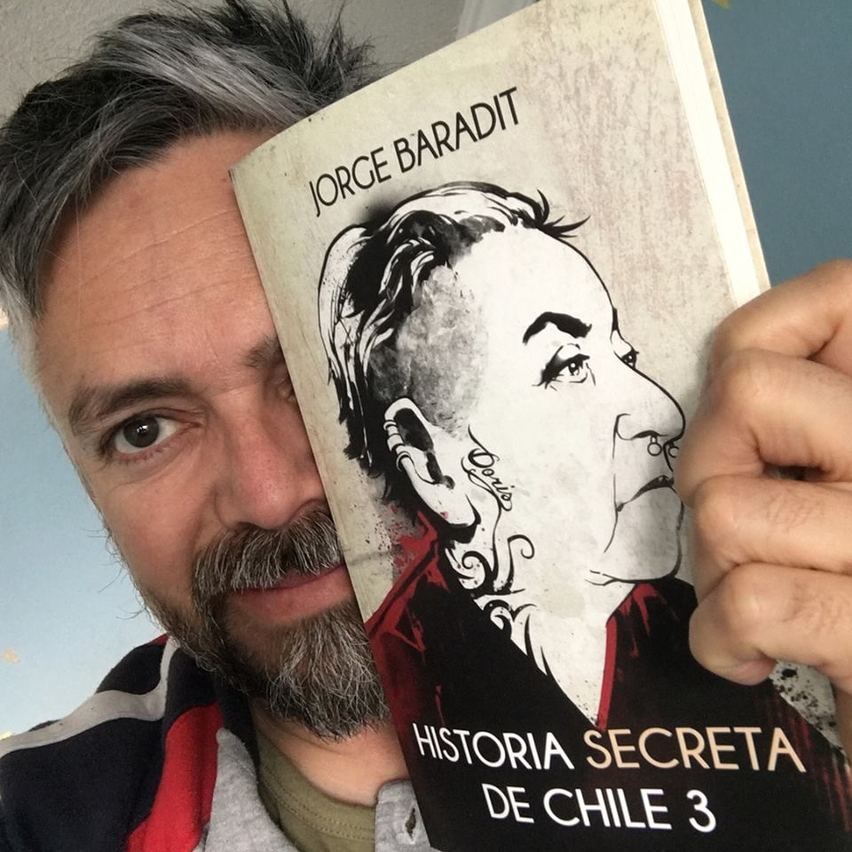 """Résultat de recherche d'images pour """"historia secreta de chile 3 jorge baradit"""""""