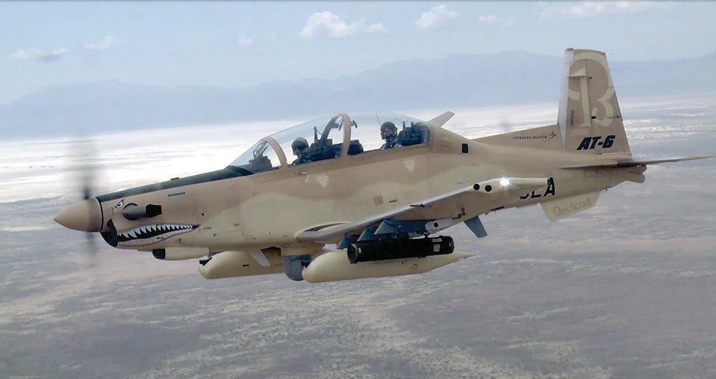 الوداع المؤجل - A-10 Thunderbolt II - صفحة 4 DG6O0_JW0AEYiWl