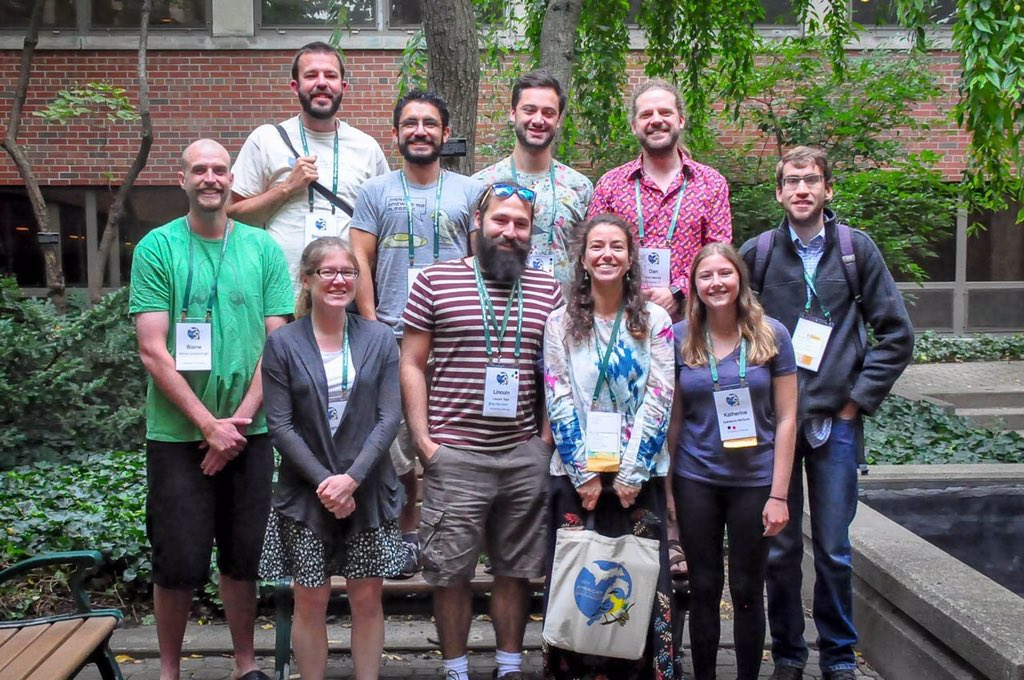 There&#39;s an article about our contribution to #AOSSCO17 conference in @UWindsor&#39;s Daily News today:  http:// ow.ly/6Dvj30ejqVy  &nbsp;   #ornithology<br>http://pic.twitter.com/mQqbvAtQBZ
