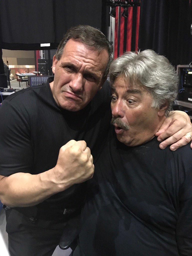 I ambushed @TonyOrlando in #windsor @CaesarsWindsor !!! #Great #Talent great person!! #ICON<br>http://pic.twitter.com/pxh1Zd1R5V
