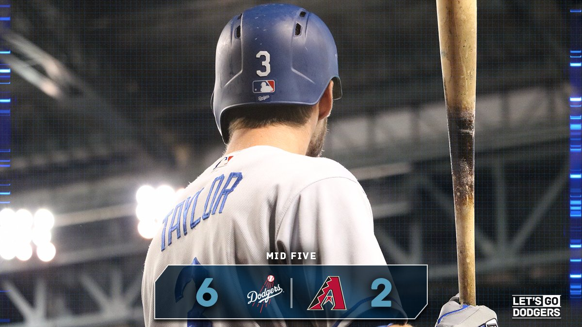 Mid 5:  #Dodgers 6, D-backs 2  �� https://t.co/SJG5MkPrJ1