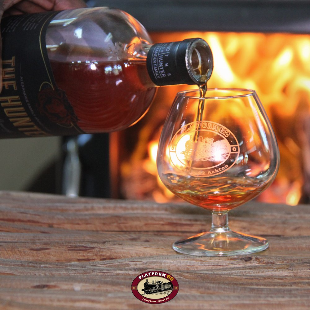 Hello weekend! Come warm up with our daily #brandy #tastings, only R70! #VisitRoute62<br>http://pic.twitter.com/pARIKa5jDF