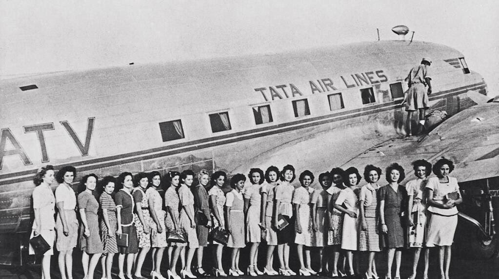 """Mumbai Heritage on Twitter: """"Air hostesses were introduced in #AirIndia in  1946. Sari,as uniform, was introduces whn Air-India acquired 1st Boeing 707  in 1960… https://t.co/ePc0ysEZZp"""""""