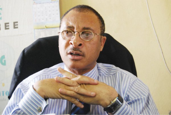 Pat Utomi has taken a swipe at Nigeria's politicians, saying that a mere less than 60 people are steering the country's fortune since independence.