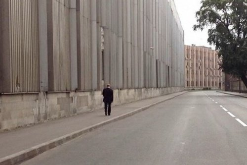 自分のいちばん推しのプーチンは 「恩師が亡くなった葬儀の帰りに護衛も断って一人で歩き始めるプーチン」…