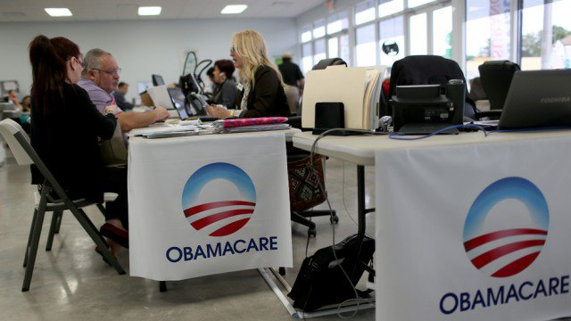 Trump team extends ObamaCare insurer deadline amid questions on whether it will keep making key payments https://t.co/A3o4dA2lWm https://t.co/TdotG6Zt71