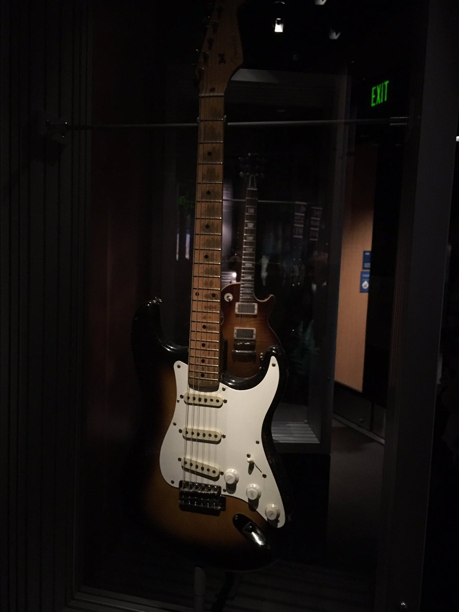 Sean On Twitter Eric Clapton S Brownie And Duane Allman S Les Paul On Display At Seattle S Mopop